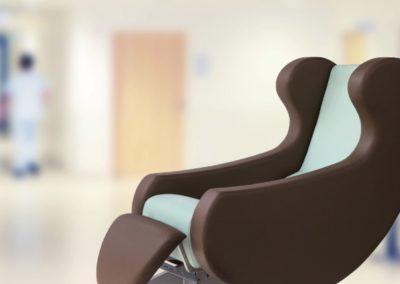 pflegestuhl-ruheliege-recrea-mit-komfort